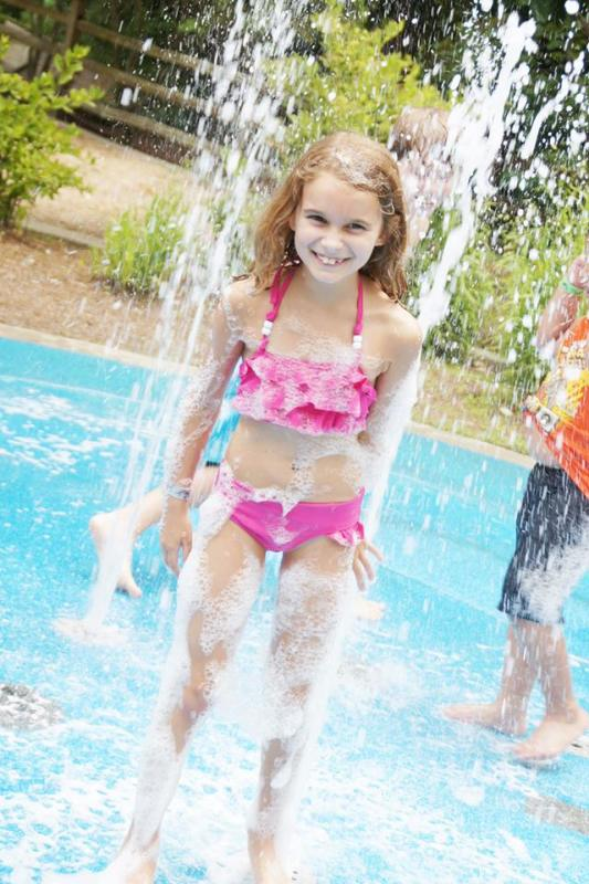 The Birmingham Zoo splash pad is lots of fun — you've either got to be a member or pay to get into the zoo.
