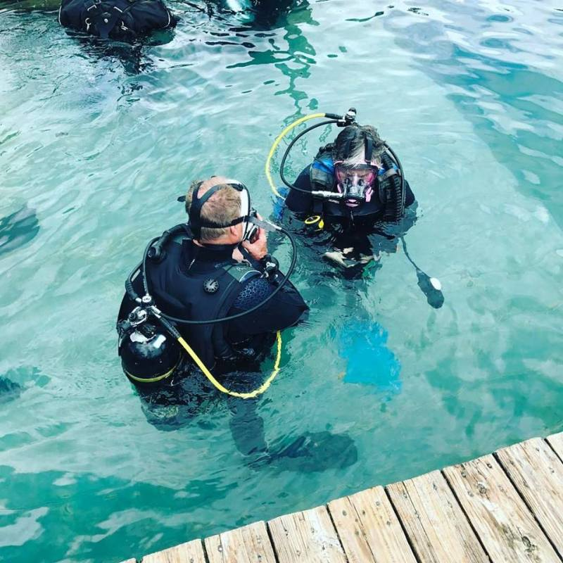 Scuba diving training at Blue Water Park