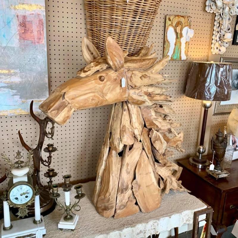 Driftwood horse head at Urban Suburban in Crestwood