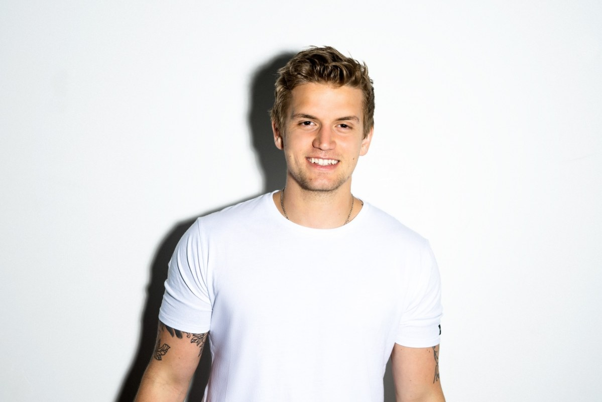 Levi Hummon Live in Concert