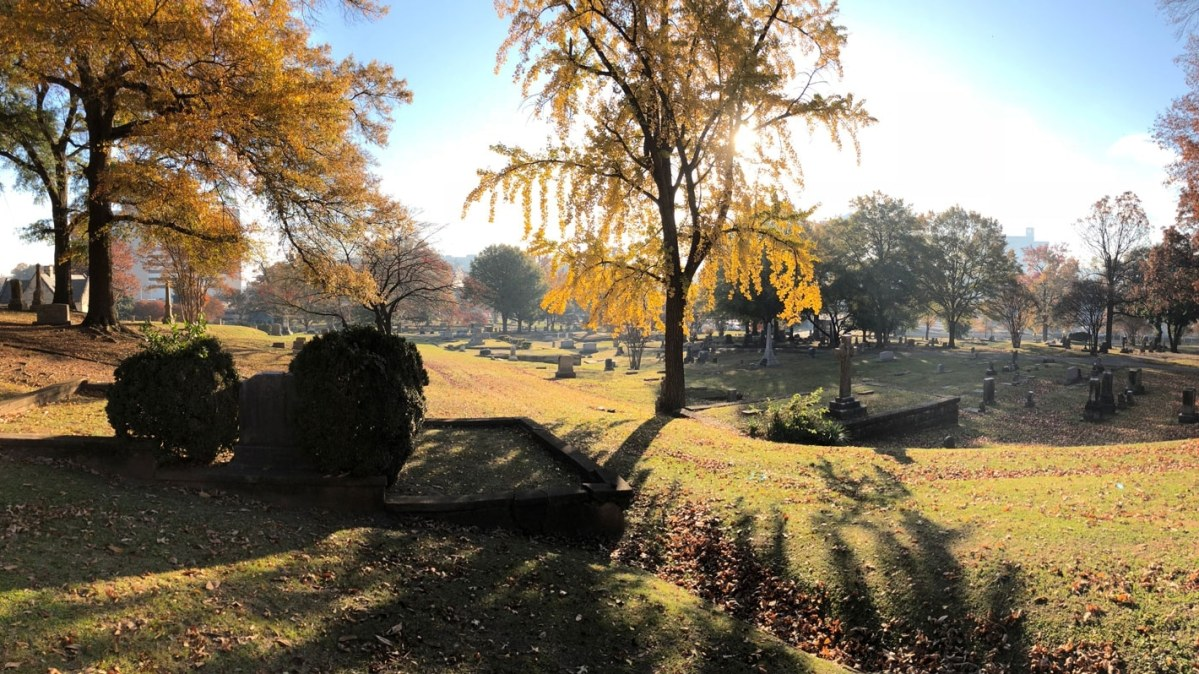 3 ways to celebrate Fall at Oak Hill Cemetery, including the Fall Festival