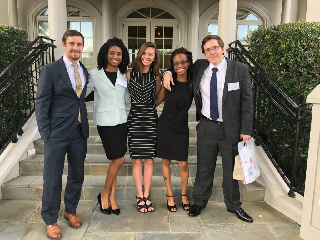 5 reasons The Grainger Center for Professional Practice at UM's Stephens College of Business is 💯