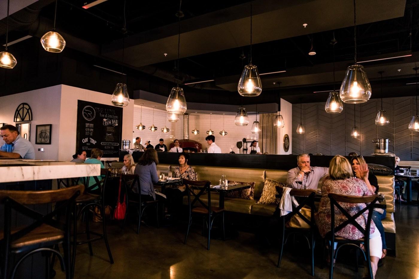 Birmingham, Hoover, Tre Luna Bar and Kitchen, food, football