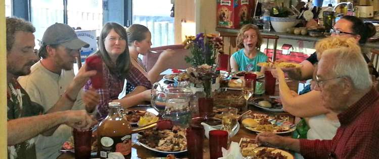 Holiday travel in Birmingham means Thanksgiving meals with loved ones