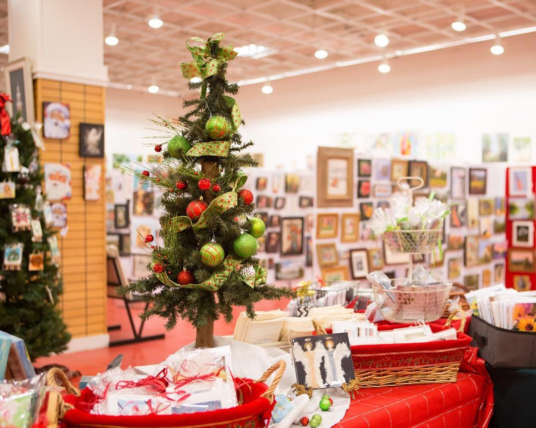 What's open on Christmas Day in Birmingham? Find out!