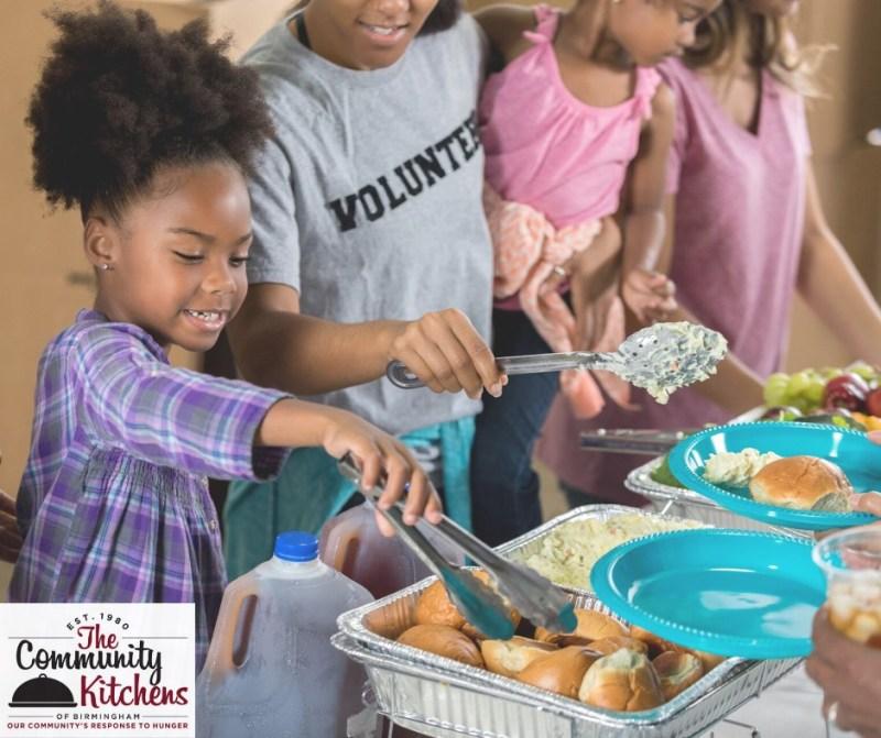 volunteers, holiday dinner, community kitchens