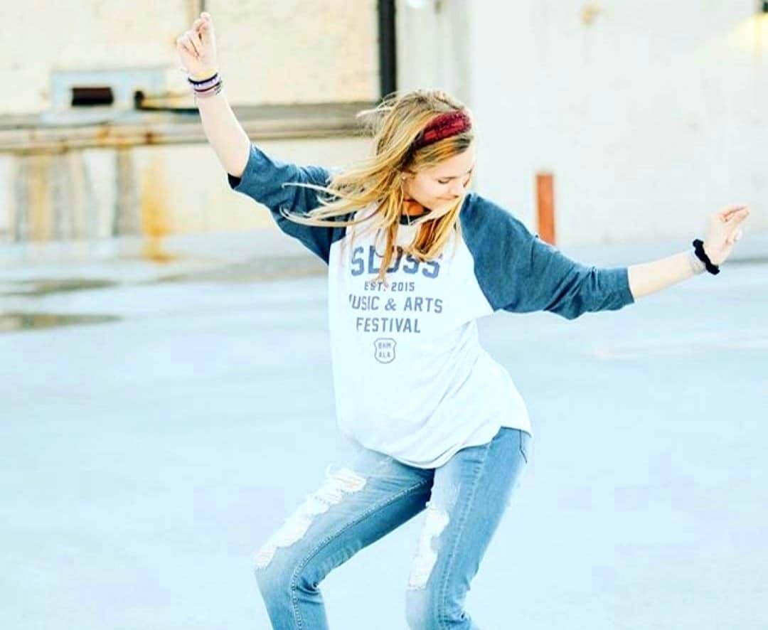 sloss dancing girl