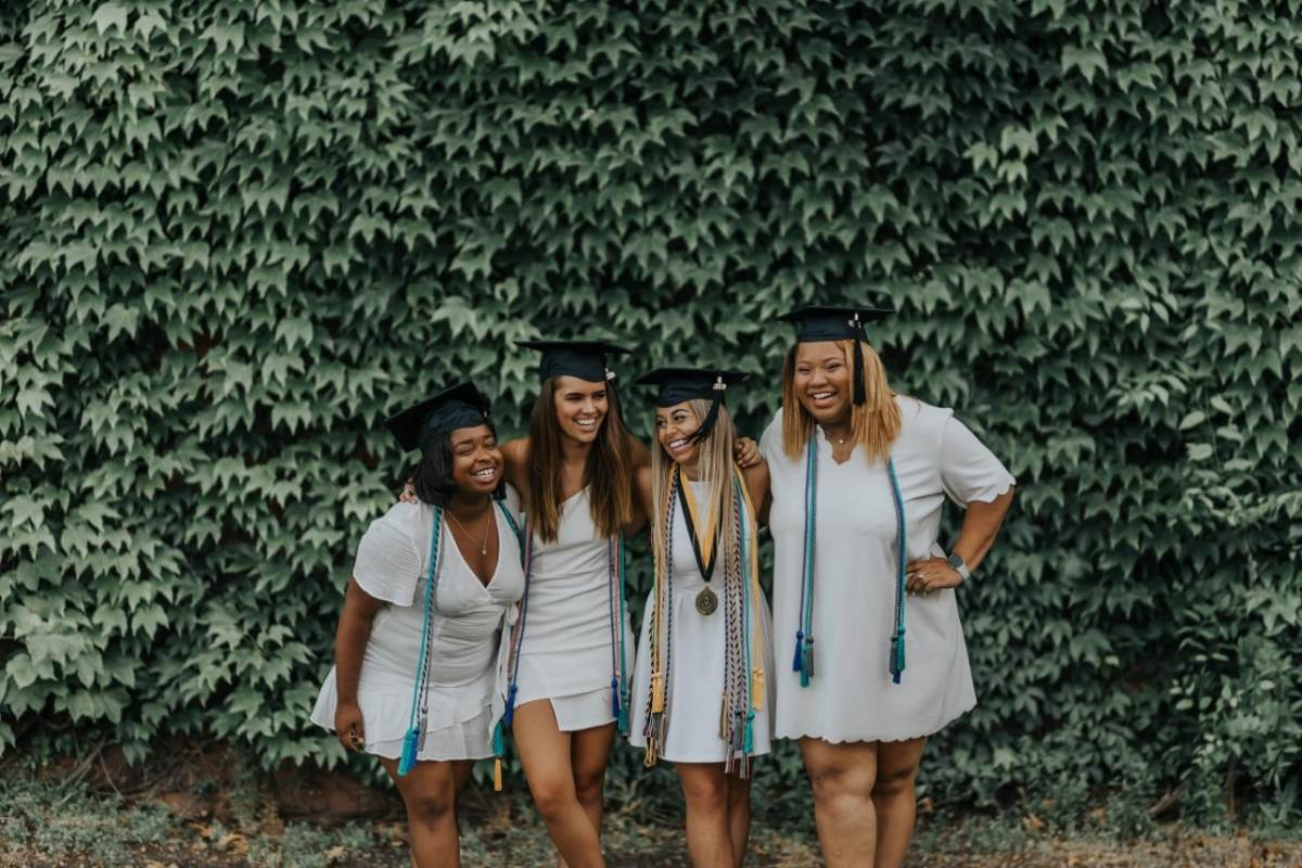 9 location ideas for unique graduation photos in Birmingham