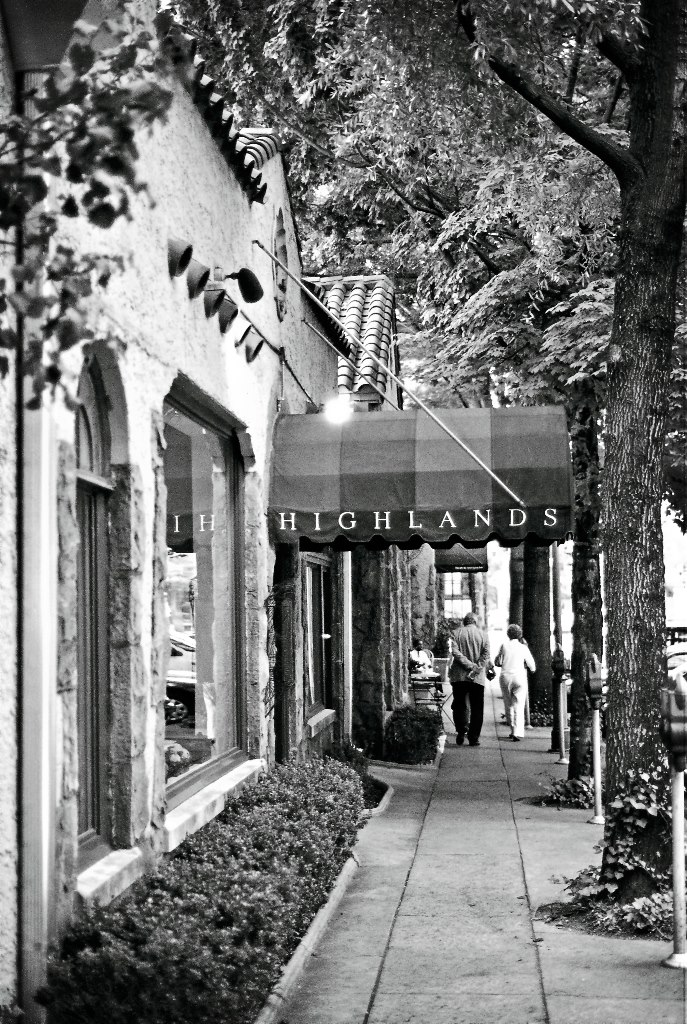 Highlands Bar + Grill