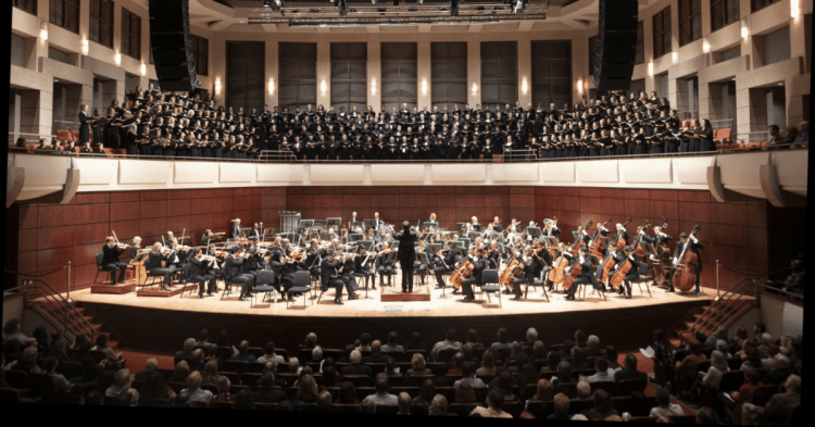 The Alabama Symphony Orchestra and ASO Choir before COVID