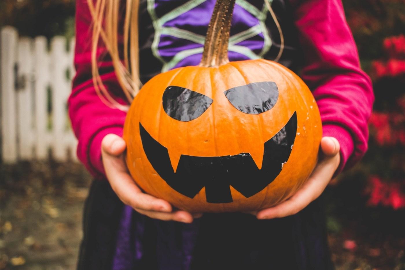 Birmingham, Halloween, trick or treat