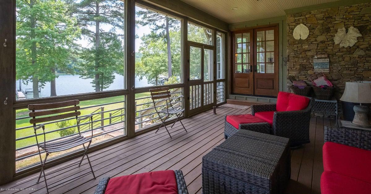 jaw drop lake homes porch