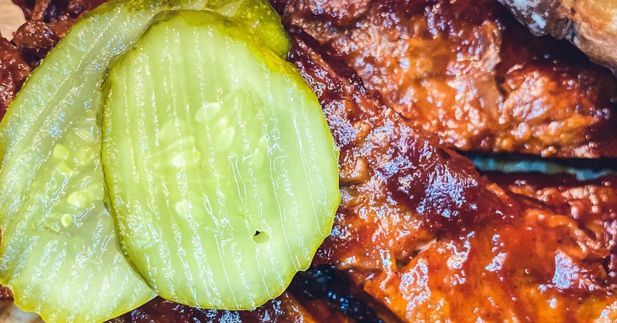 vegan BBQ ribs at Underground Vegan