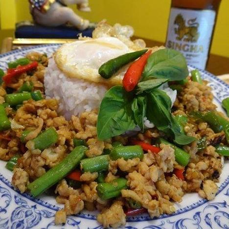 Basil ground chicken from Pinto Thai Chelsea - Birmingham Thai restaurants