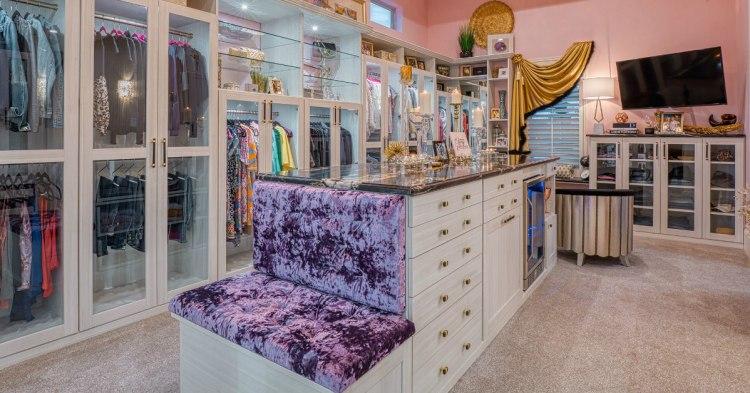 diva closet