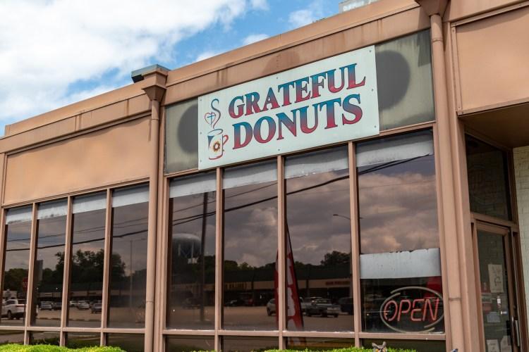 Grateful Donuts storefront