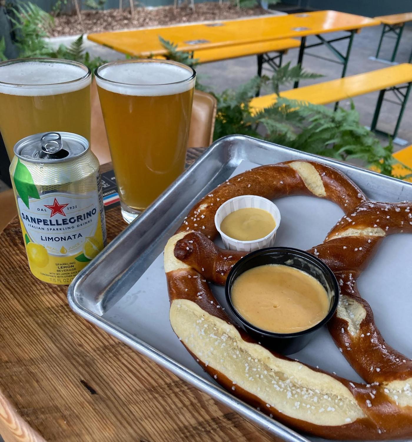 Carrigan's Beer Garden Lakeview