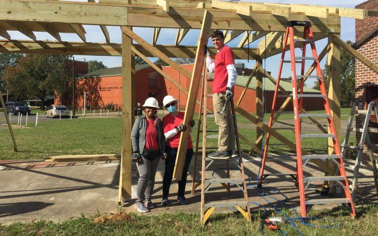 UWCA Annual Campaign - volunteers at MLK Pavilion