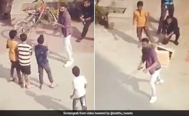 Viral Video: Virat Kohli started cheating on getting out, the kids created a ruckus