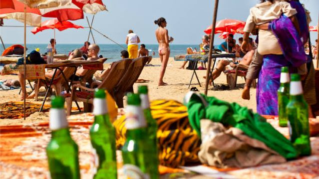 Why is Goa particularly famous among the unmarried and the youth?