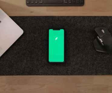 apple iphone desk laptop