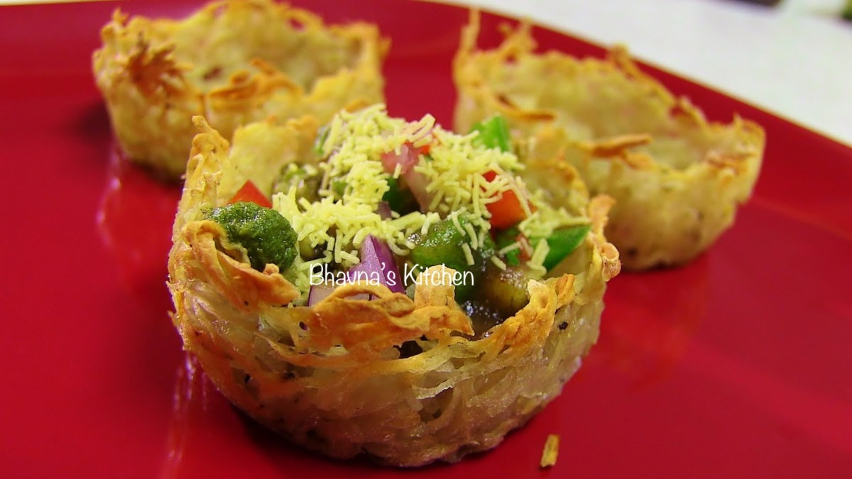 Aloo Tokri or Katori Chaat - Potato Basket or Nest