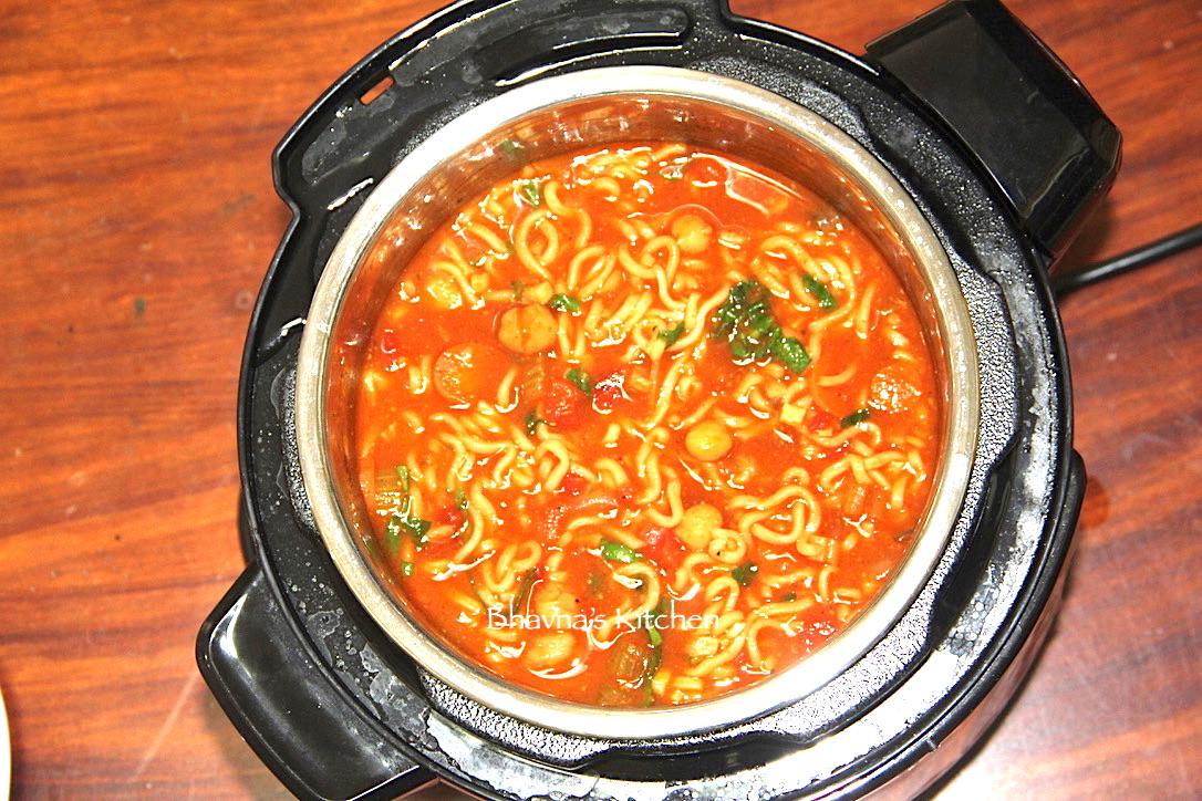 Chickpea Noodles Soup