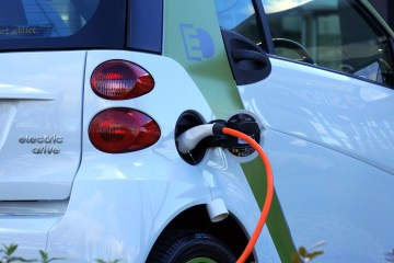 energy trends 2018 electric car