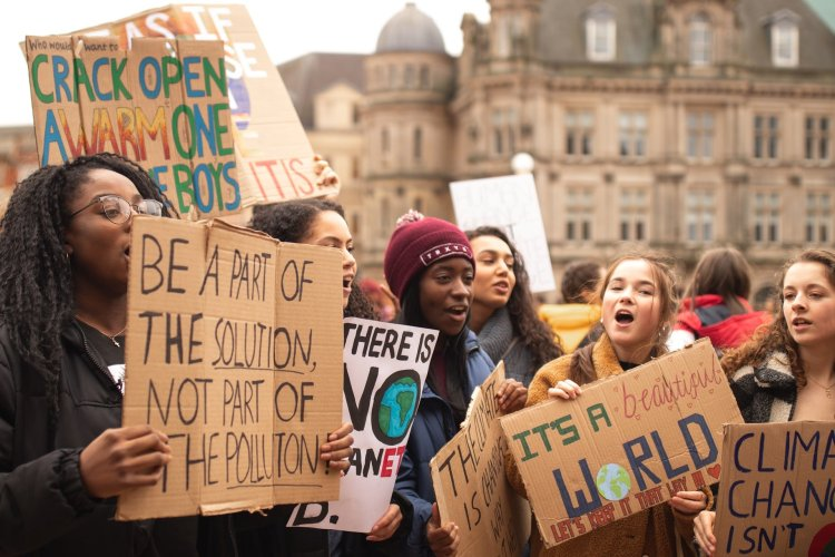 climate emergency protest school students
