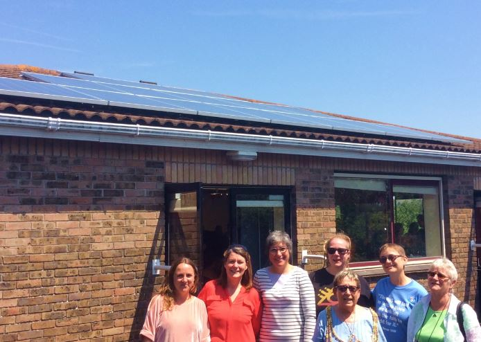 How can community energy groups help uk to reach net zero emissions -community energy project in brighton