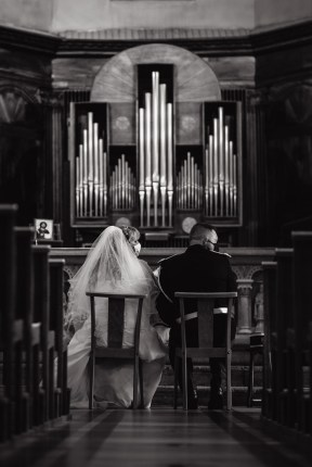 Cérémonie religieuse d'un jeune couple de la drome, Prise de vue par bhf Photographe Mariage