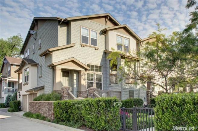414 Washington Sqr, Sacramento, CA 95811