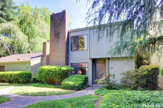 707 Dunbarton Cir, Sacramento, CA 95825