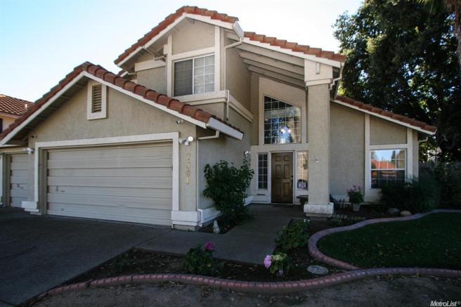 7564 Pocket Rd, Sacramento, CA 95831