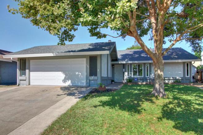 5725 Walnut Ave, Sacramento, CA 95841