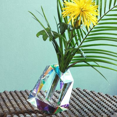 regenbogen-irregular-vase-02-amara