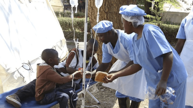 Zimbabwe Introduces A Mass Typhoid Vaccination Campaign