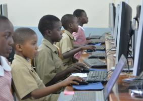 Zimbabwe Establishes ICT Labs At 17 Schools