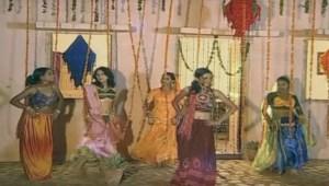 Cham-Cham-Payaliya-Baaje-song