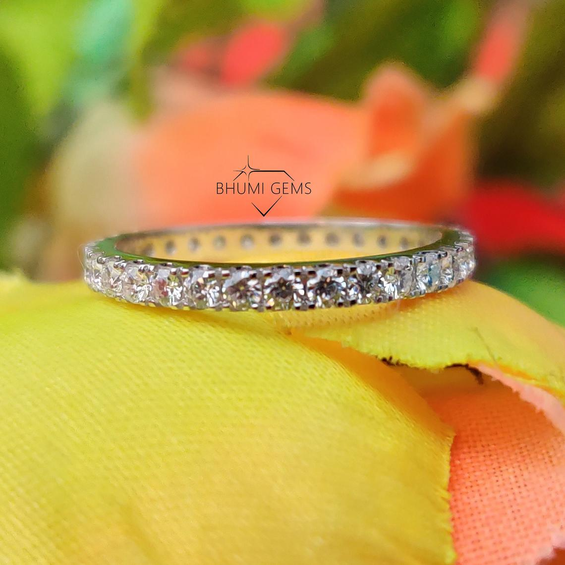 1.8MM Round Cut VVS1 Moissanite Wedding Band   Eternity Band   Engagement Band Rings   Conflict Free Jewelry   Antique   Classic Silver Gold