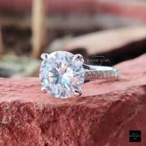 4.39TCW Round Cut Moissanite Engagement Ring, Solitaire Accented Ring, Halo Antique Gold Silver Diamond Brilliant Vintage Designer Gift Her