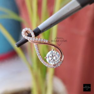 1.4TCW Round Moissanite Pendant, Diamond Necklace, Gold Cross Pendant, Antique Pendant, Personalized Pendant Necklace, Amethyst Pendant