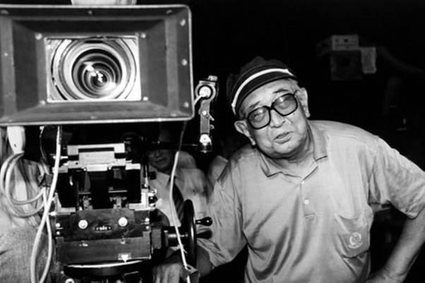 """<img src=""""Akira-Kurosawa-Bhushan-Mahadani.jpg"""" alt=""""Akira Kurosawa Bhushan Mahadani"""">"""