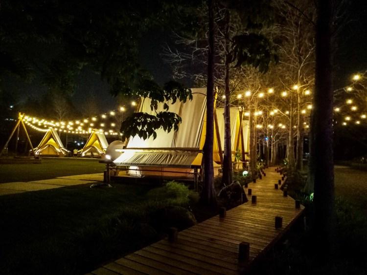【高雄網美打卡熱點】都市裡遇見浪漫的北歐風情|陽光/草地 /音樂|淨園休閒農場。