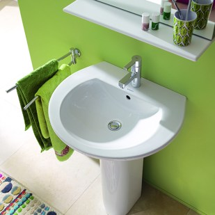 09_My_first_own_bathroom_with_Darling_New