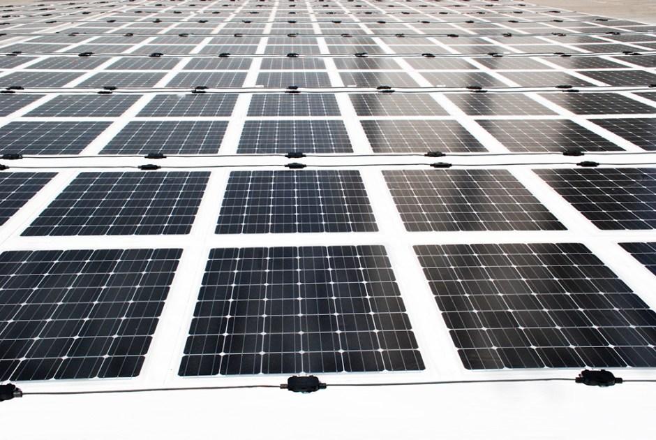 1464003893_Solar_Panel__2000x1339_