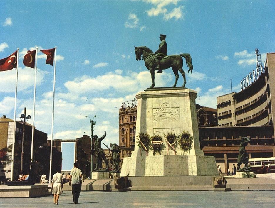 Ulus Meydanı ve Zafer Anıtı, Ankara, 1960'lar SALT Araştırma, Fotoğraf Arşivi