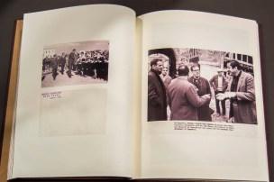 Özer Türk Arşivi'nden muhtelif belge ve fotoğrafla hazırlanmış albüm İşveren Sergisi, SALT Galata, 2017 Fotoğraf: Mustafa Hazneci