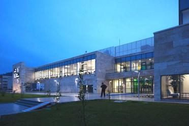 Kütüphane_dış (1)