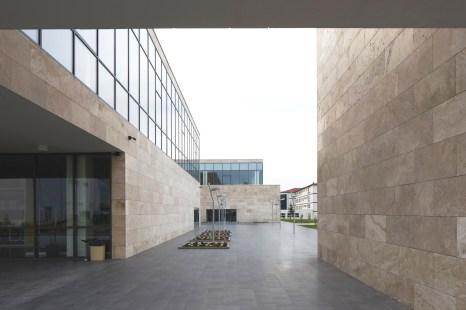 Kütüphane_dış (15)_REV